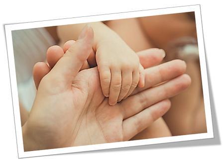 moederhand en baba