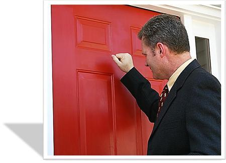 man by deur