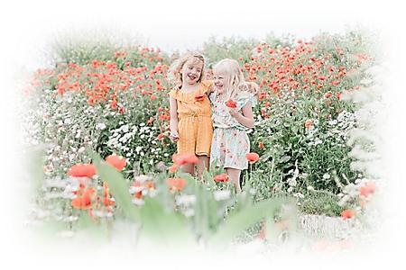 kinders in blomveld
